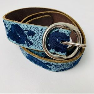 Lucky Brand Blue Leather Floral Embroidered Belt